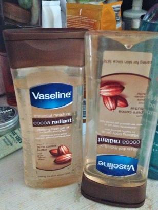 Vaseline Essential Moisture Cocoa Radiant Vitalising Body Gel Oil
