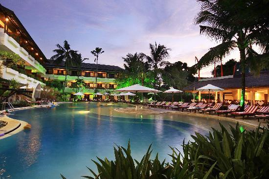 The-Breezes-Bali-Resort-and-Spa