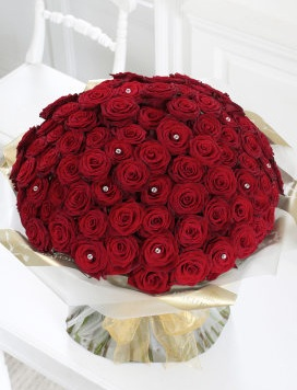 Ultimate 100 Rose Hand-tied 499.99