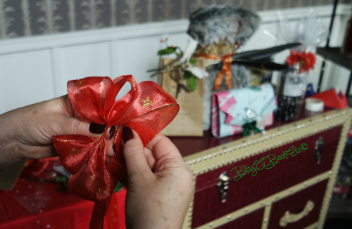 Christmas, Gifts, Presents, Wrapping, HBO Gift Wrapping, Bows, Ribbon, Blog A Book Etc, Fay