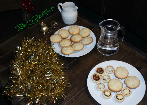 Mince Pies, Christmas, HBO, Gift Wrapping, Blog A Book Etc, Fay